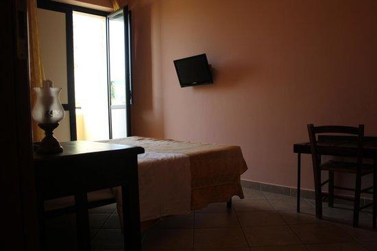 Hotel 106: Camera singola