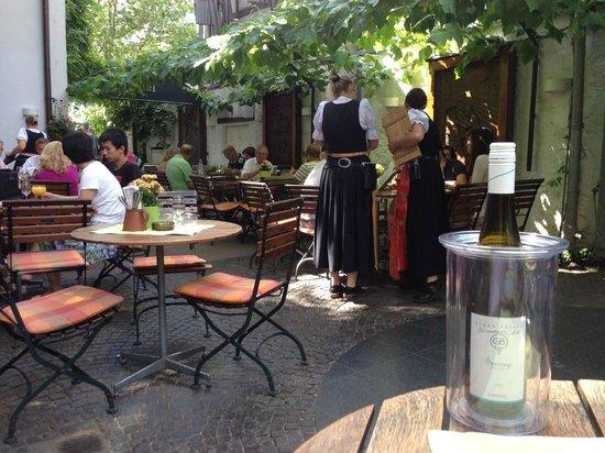 Breuer's Rüdesheimer Schloss : Lunch on a sunny September afternoon