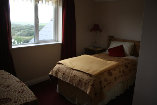 Ardlenagh View: Extra twin bed in our room