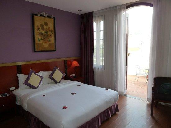 The Light Hotel Hanoi: Seconda stanza