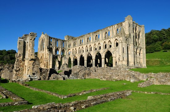 ‪Rievaulx Abbey‬