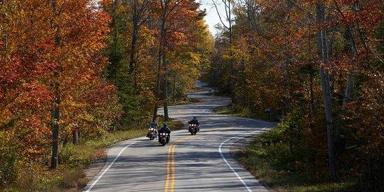 Waterbury Inn: Fall ride on the peninsula