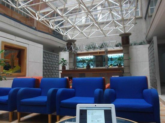 Hotel Azores: Lobby