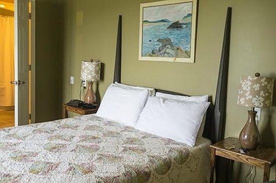SeaWind Landing Country Inn: Bedroom