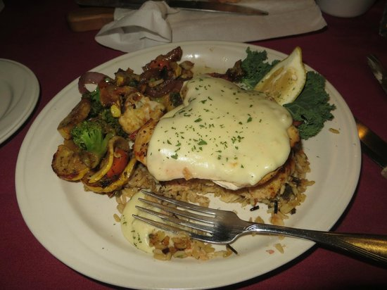 Greenbrier Restaurant : Chicken Vera Cruz with grilled vegetables