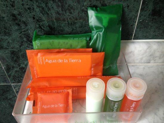 NH Granada Centro: Prodotti da bagno