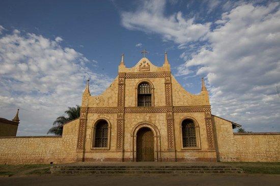 san jose de chiquitos men San josé de chiquitos ou plus brièvement san josé est la capitale de la province de chiquitos du département de santa cruz en bolivieelle comptait.