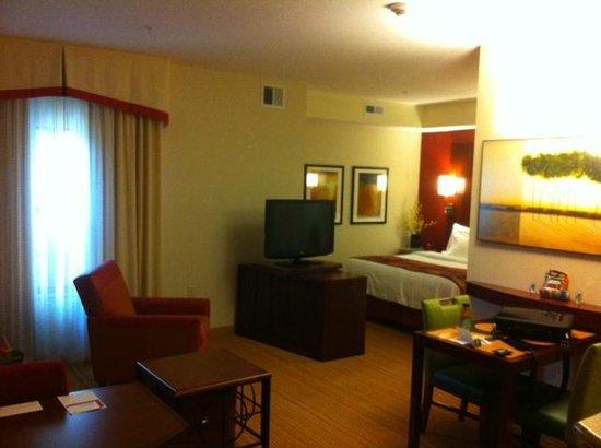 Residence Inn Midland : Room