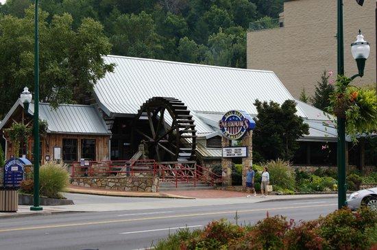 Calhoun's Gatlinburg: Calhoun's