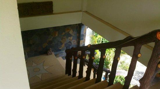 Scandinavian Residence: trappen fra første salen