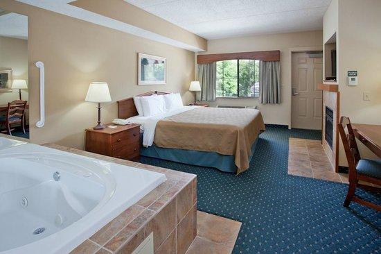 Country Inn & Suites by Radisson, Jonesborough-Johnson City West, TN: AmericInn Lodge & Suites Jonesborough