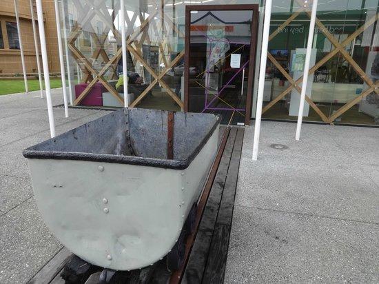 Coaltown Museum: Exhibit at entrance