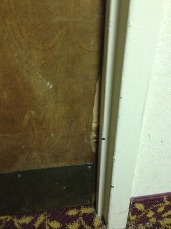 Millennium Maxwell House Nashville: some doors look like they've been kicked in