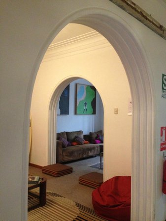 511 Lima Hostel: Sala de estar