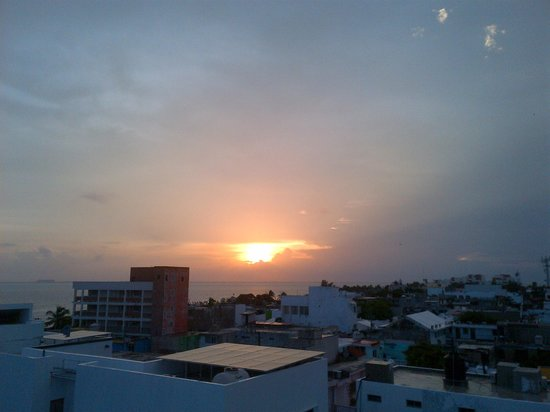 Casa Sirena Hotel : Sunset from the Roof