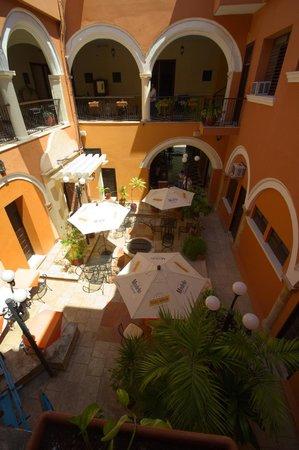Mision Campeche America Centro Historico: Atrio