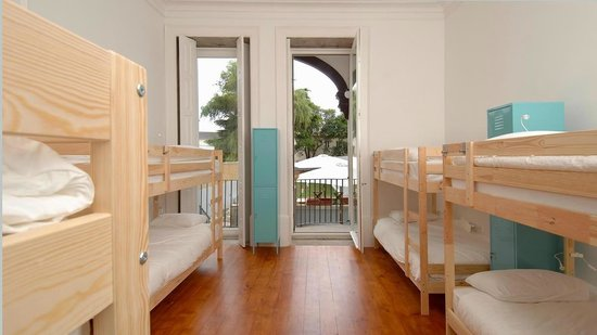 So Cool Hostel Porto: Male Dorm with Balcony
