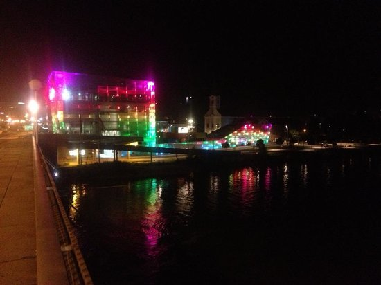 Ars Electronica Center: Lit up during Ars Electronica 2013