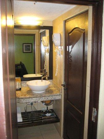 Amsterdam Manor Beach Resort: stanza 109 B Bedroom suite