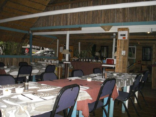 Triton Dive Lodge : Salle à manger pour le breakfast