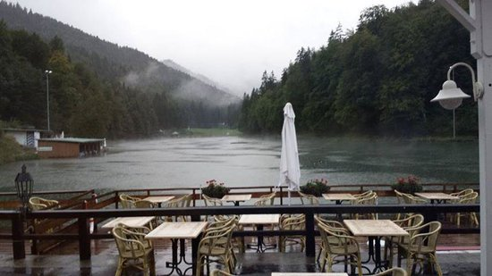 Restaurant Riessersee Hotel Sport & SPA Resort: The view from our table