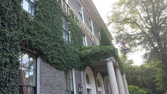 The Grange Hotel: facade