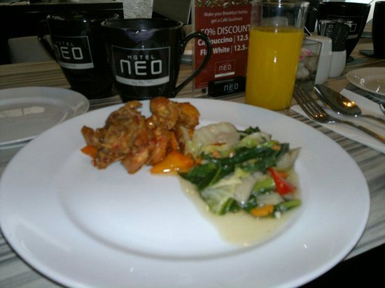 Hotel Neo Kuta Jelantik: Breakfast