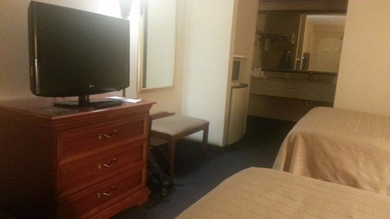 Quality Inn Troutville: Flat screen tv