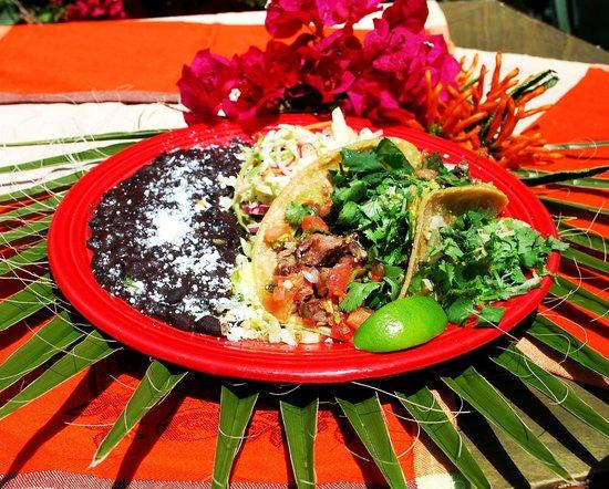 Las Olas Mexican Restaurant: open steak taco