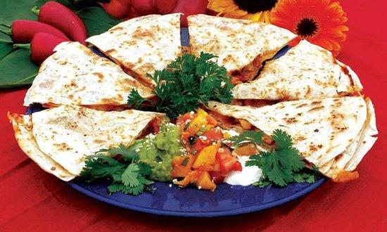 Las Olas Mexican Restaurant: Quesadilla Suprema