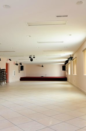Pacer Inn and Suites: 130+ person ball room