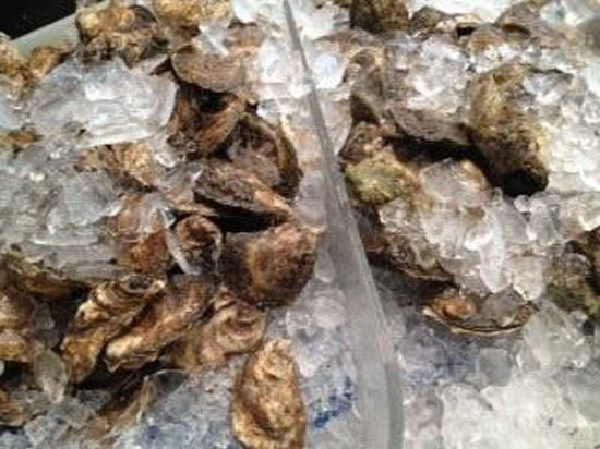 Maine Foodie Tours - Culinary Walking Tours: Fish market, the real Portland