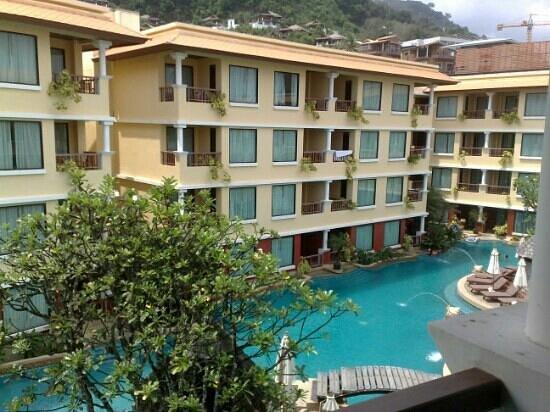 Patong Paragon Resort & Spa : july 2011 (honeymoon)