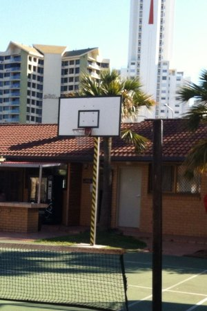Surfers Paradise Backpackers Resort: the playground