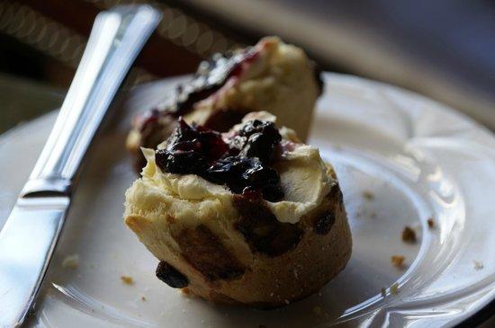 Dalhousie Castle: Delicious Scones with Afternoon Tea