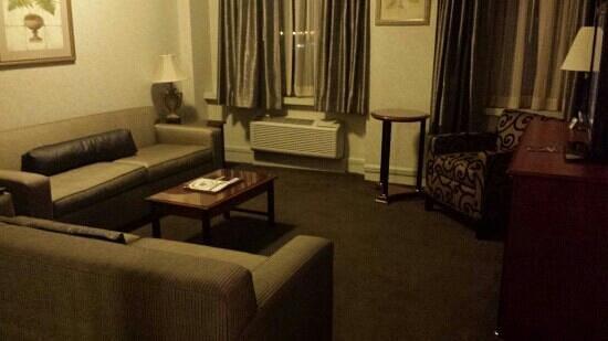 Hilton Cincinnati Netherland Plaza: netherlands Belvedere Suite