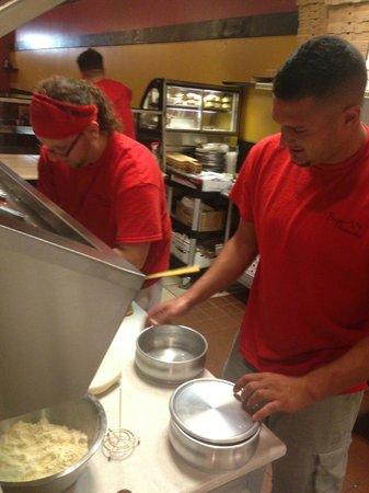 Biaggio's Pizzeria & Family Restaurant: pizza!!!!