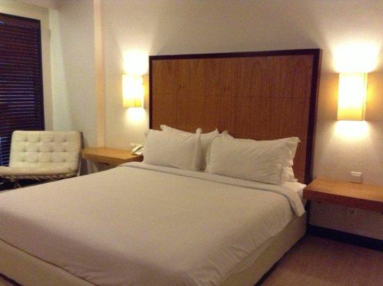Dekuta Hotel: Room
