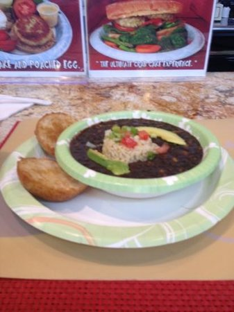 Meals From The Heart Cafe: Black bean soup!