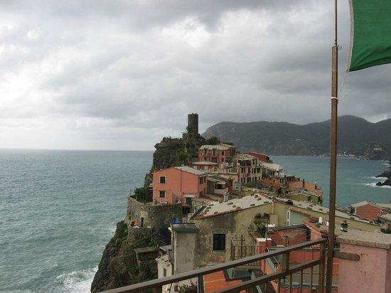 Elisabetta Carro: View from rooftop terrace