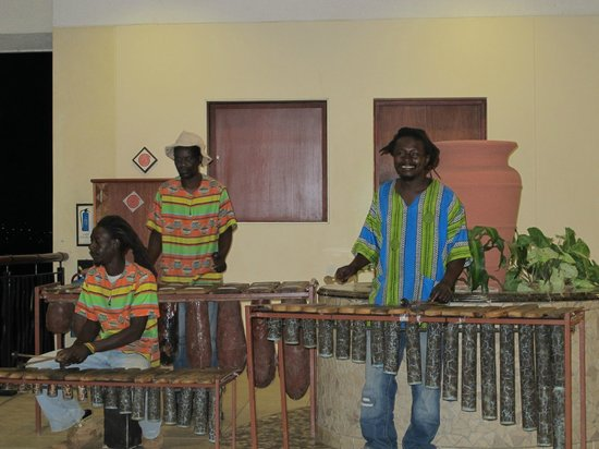 Elephant Hills Resort: Marimba night next to the restaurant