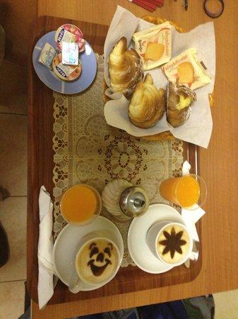 Hotel Maikol Rome: Breakfast