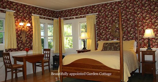 Case Ranch Inn: Sonoma Wine Country Bed & Breakfast Inn