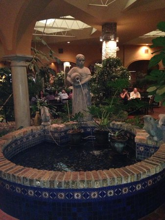 Abuelo's Mexican Restaurant: The Fountain