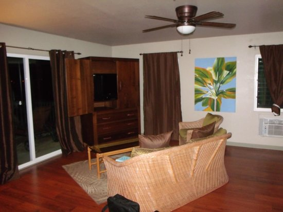Paradise Bay Resort Hawaii: The livingroom
