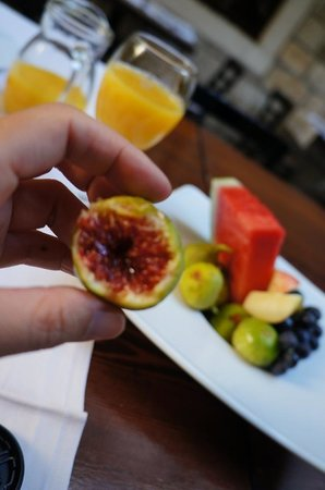 Villa Nora Hvar: 果物もほんとうに美味しい