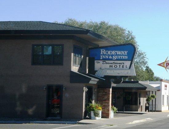 Rodeway Inn & Suites Downtowner-Rte 66: Rodeway Inn and Suites Downtowner-Rte 66