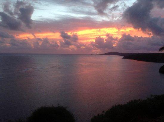 Sealodge at Princeville: Sunrise from D5 Patio/Lanai