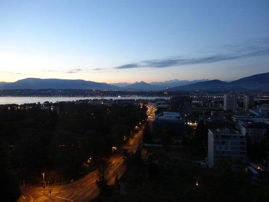 Hotel InterContinental Geneve : 部屋からの眺め