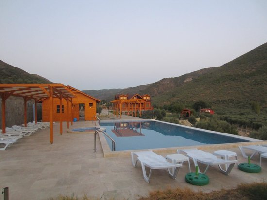 Natureland Efes Pension: Infinity pool